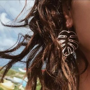 Jewelry - 🌴Palm Leaf Outline Earrings 🌴